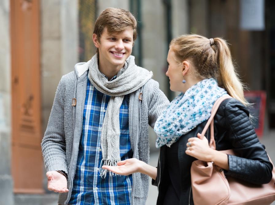 Flirt frau körpersprache