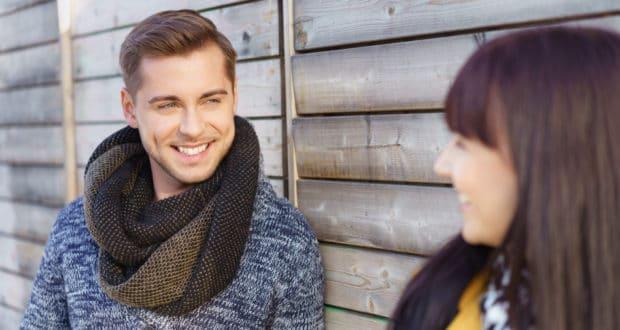 Handlich: 5 Flirttipps für SIE und IHN