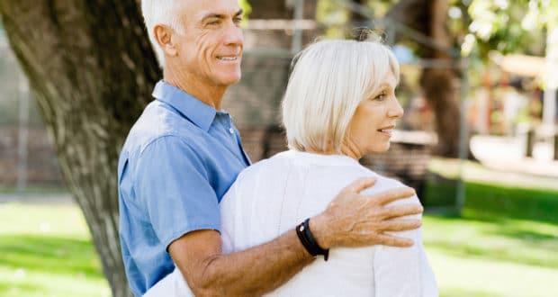 Älteren Partner finden